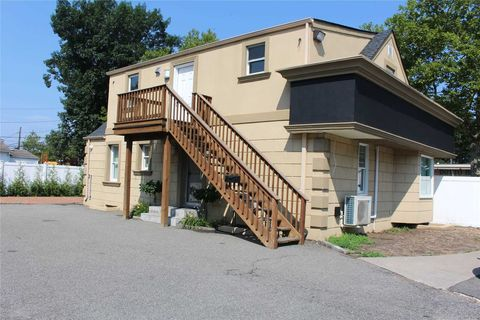 Photo of 125 Woodbury Rd, Hicksville, NY 11801