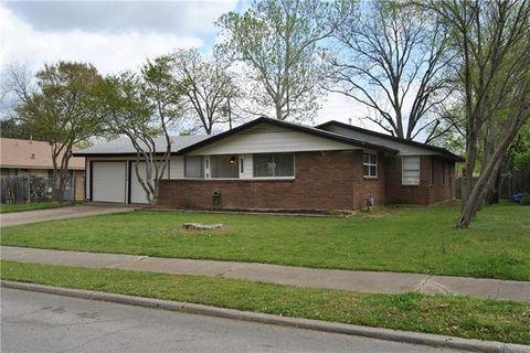 Photo of 3508 Foxcroft St, Irving, TX 75062