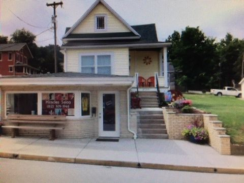 8555 W College St, French Lick, IN 47432