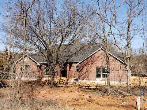 Photo of 5830 Cimarron Cir, Guthrie, OK 73044