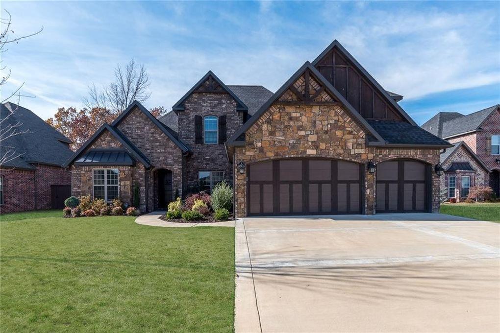 Homes in bentonville arkansas house plan 2017 for Arkansas house plans