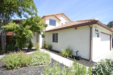 Photo of 307 Toscana Cir, Cloverdale, CA 95425