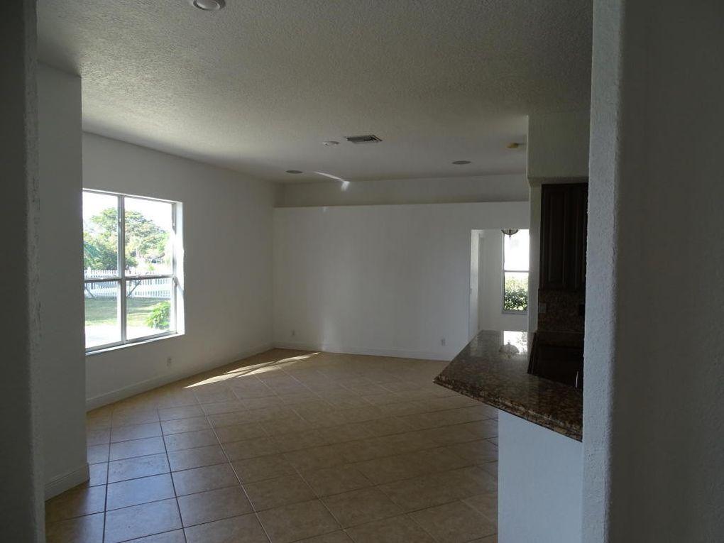 644 Enfield Ct, Delray Beach, FL 33444 - realtor.com®