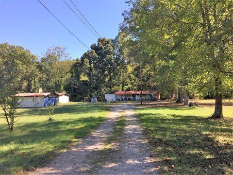 2624 Tackett Creek Rd, Williamsburg, KY 40769