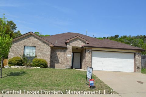 Photo of 305 Dillon Dr, Copperas Cove, TX 76522
