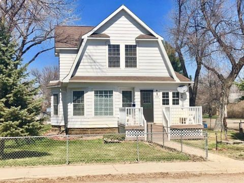239 S 4th St E, Malta, MT 59538
