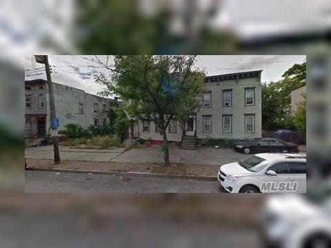622 Clinton Ave, Albany, NY 12206