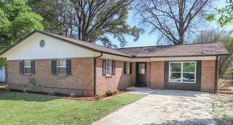 Photo of 4511 Creighton Rd, Pensacola, FL 32504