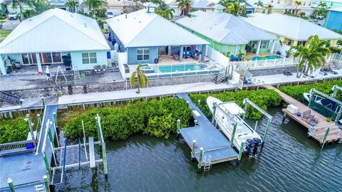 Photo of 415 Bahama Grande Blvd, Apollo Beach, FL 33572