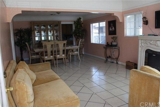 2551 Sale Pl, Huntington Park, CA 90255