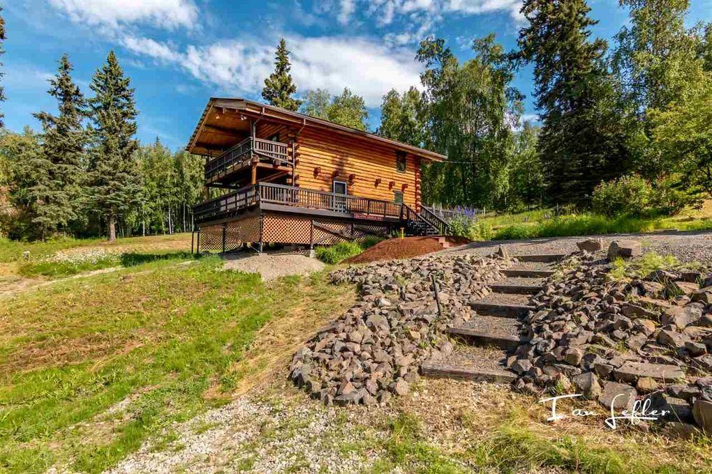 2734 King Arthur Way, Fairbanks, AK 99709