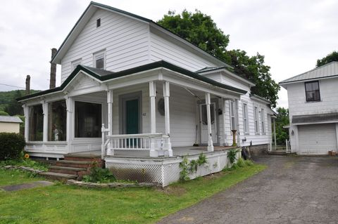 Photo of 62 Maple St, New Milford, PA 18834