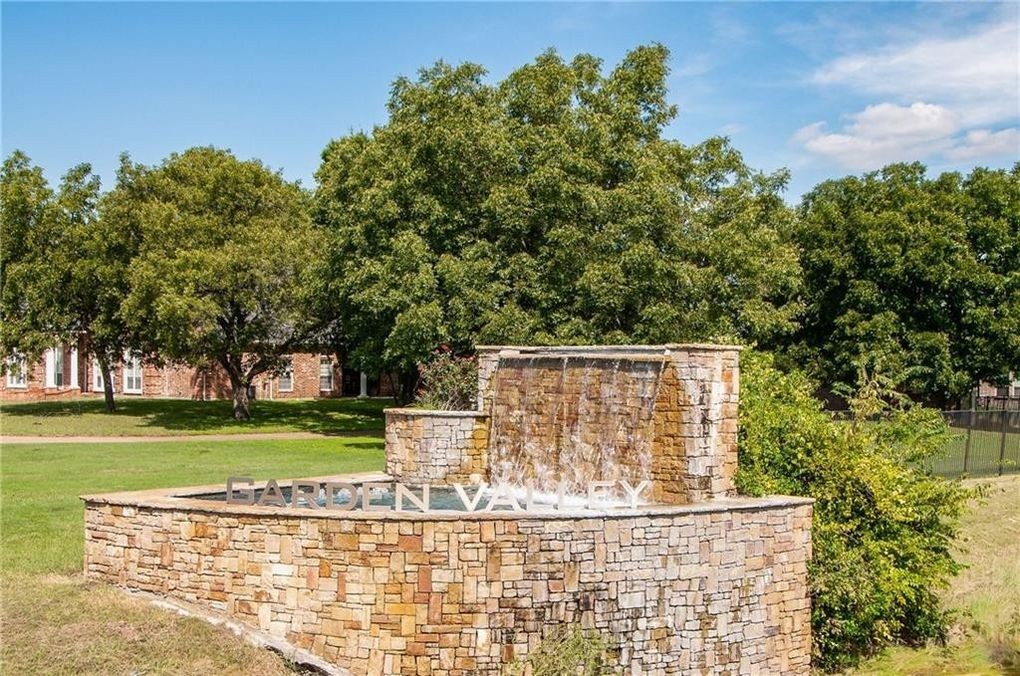 105 Water Garden Dr Lot 2 Waxahachie Tx 75165 Land For Sale And