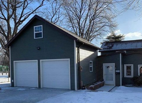 Photo of 6212 Bridge Rd, Monona, WI 53716