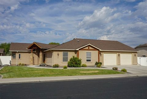 Photo of 187 Winter Hawk Dr, Grand Junction, CO 81503