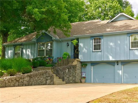 Kansas City Mo Houses For Sale With Swimming Pool