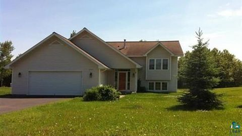 Photo of 2334 Apple Ridge Dr, Duluth, MN 55811