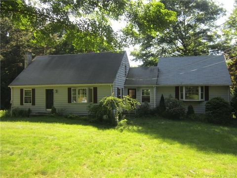 1096 Johnson Rd, Woodbridge, CT 06525
