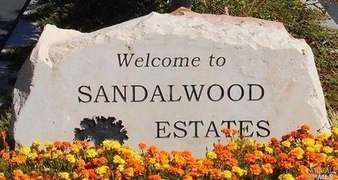 536 Maplewood Dr, Petaluma, CA 94954