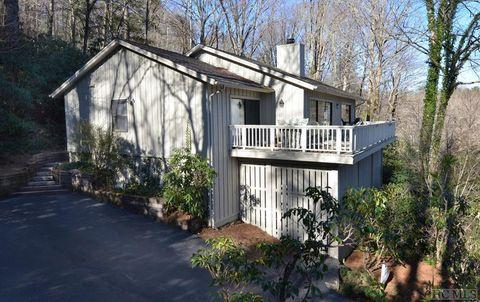 115 Lake Villa Ct, Highlands, NC 28741
