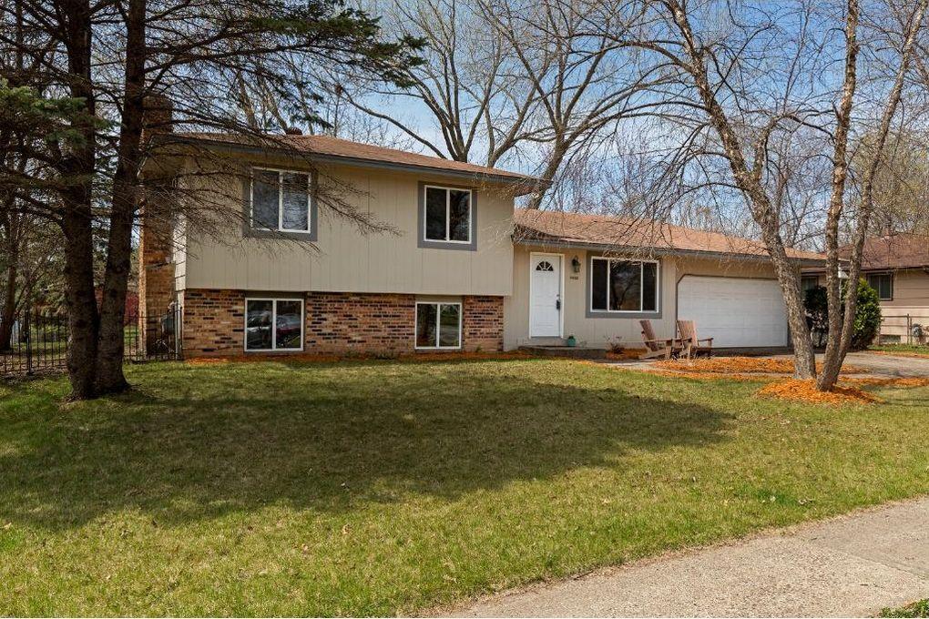 16653 Foliage Ave W, Lakeville, MN 55068