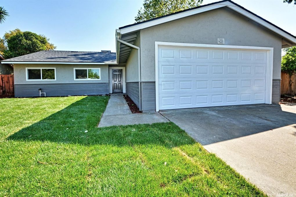 628 Lilac Way Manteca, CA 95336