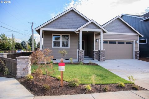 Photo of 2719 Lilly Dr, Hood River, OR 97031