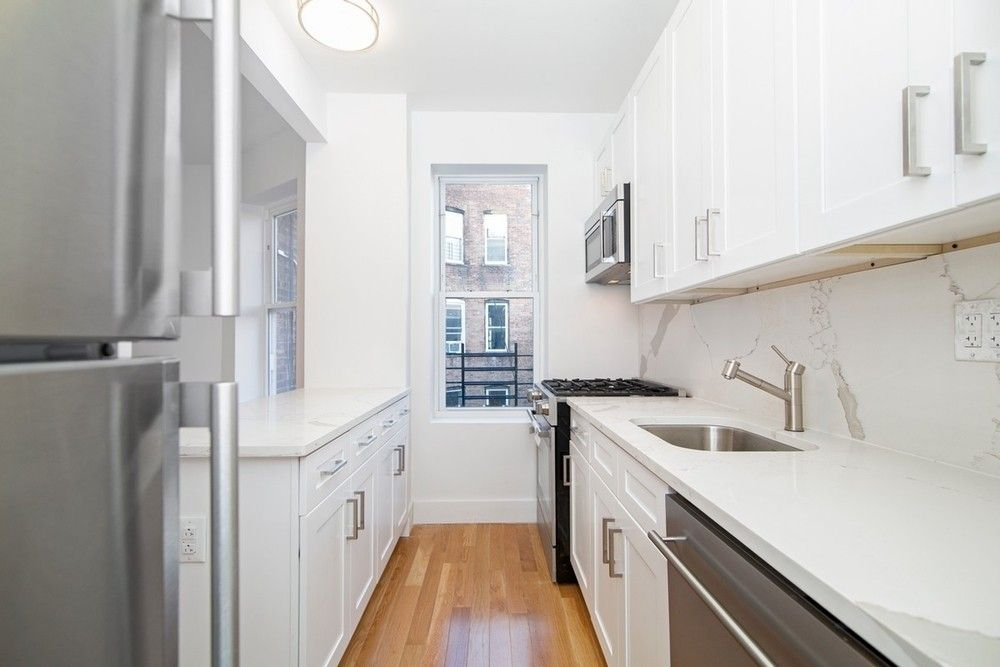 1050 Lafayette Ave Unit 4 A, Brooklyn, NY 11221