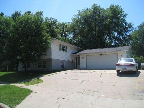 Photo of 845 Maggard St, Iowa City, IA 52240