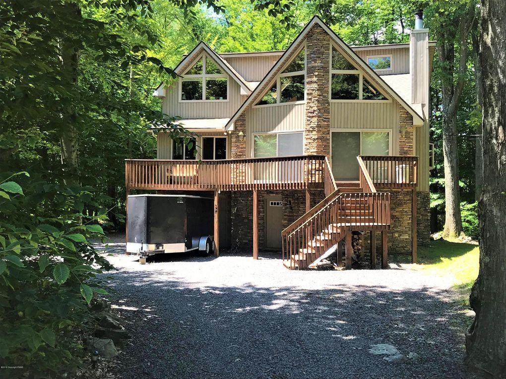 226 Fawn Rd Pocono Lake, PA 18347