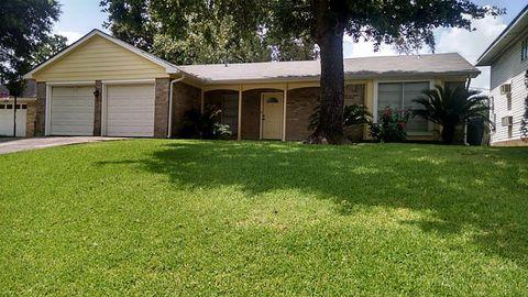 10942 Dunvegan Way, Houston, TX 77013