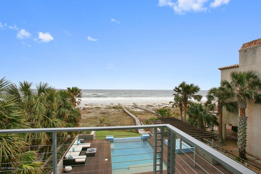 2061 Beach Ave Atlantic Beach, FL 32233
