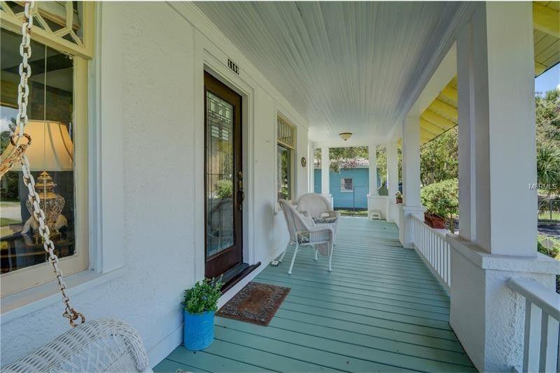 1109 Magnolia St, New Smyrna Beach, FL 32168