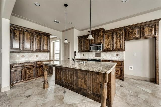 3023 Marble Falls Dr, Forney, TX 75126