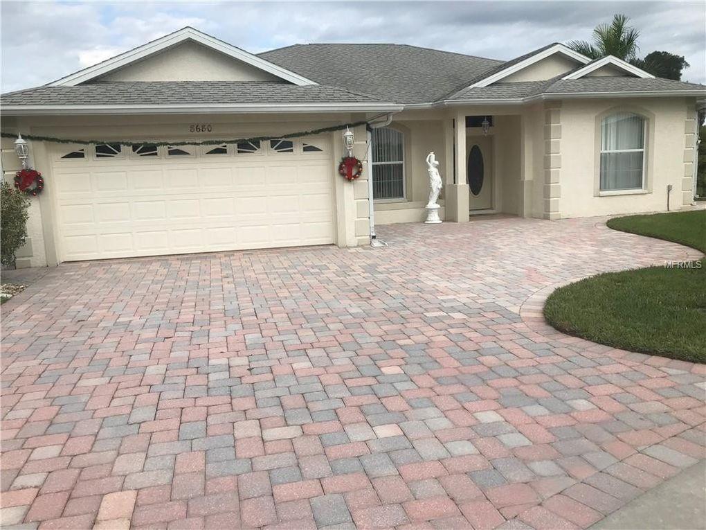 8680 Quinn Ct, North Port, FL 34287