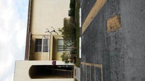 Cross Creek Apartments West Palm Beach