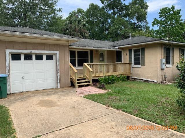 301 Dixie St, Crestview, FL 32536
