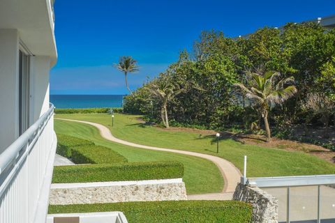 Photo of 2780 S Ocean Blvd Apt 207, Palm Beach, FL 33480