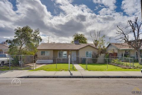 Photo of 613 Water St, Bakersfield, CA 93305
