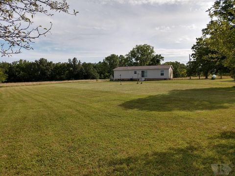 1276 280th Ave, West Point, IA 52656