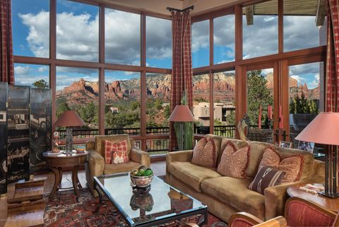 Photo of 320 Calle Linda, Sedona, AZ 86336