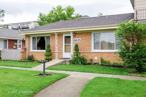 Photo of 8635 N National Ave, Niles, IL 60714