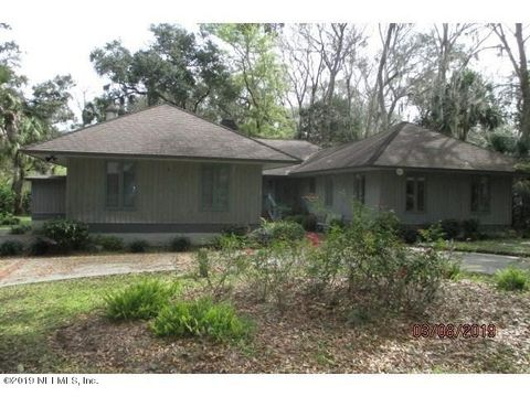 Photo of 4 Willow Pond Rd, Fernandina Beach, FL 32034