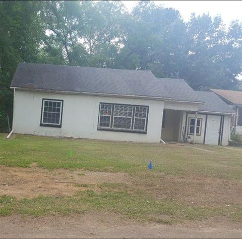 508 Jefferson Pl, Atlanta, TX 75551