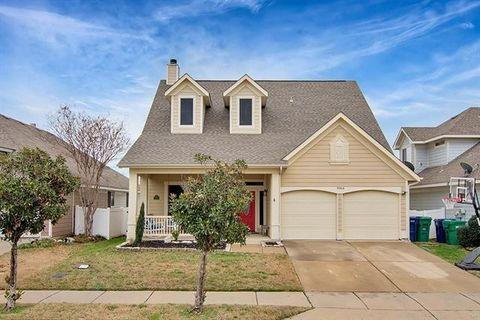 Photo of 9964 Cedarcrest Dr, Providence Village, TX 76227