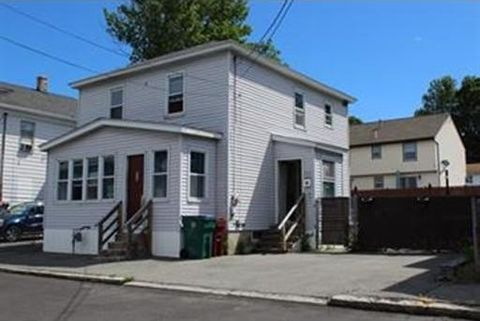 516 Concord St, Lowell, MA 01852