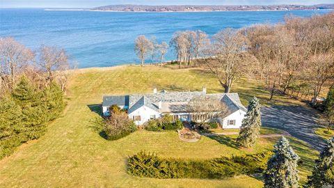 Photo of 109 Centre Island Rd, Centre Island, NY 11771