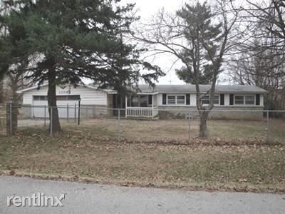 Photo of 3254 W Lombard St, Springfield, MO 65802