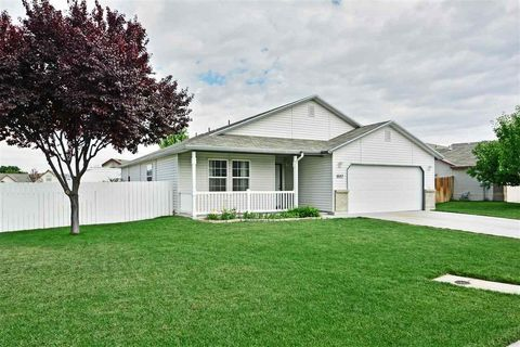 18157 Dragonfly Dr, Nampa, ID 83687