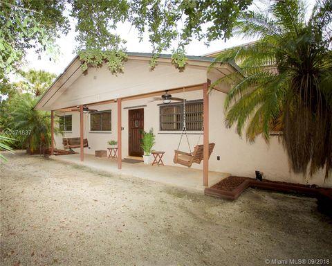 Photo of 17981 Sw 210th Ter, Miami, FL 33187